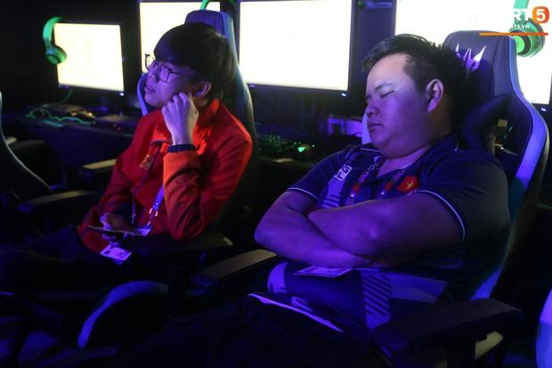 Mocha ZD Esports (Liên Quân mobile) khốn khổ vì BTC khi đến kiểm tra thiết bị trước ngày tranh tài tại SEA Games 30 - Ảnh 3.