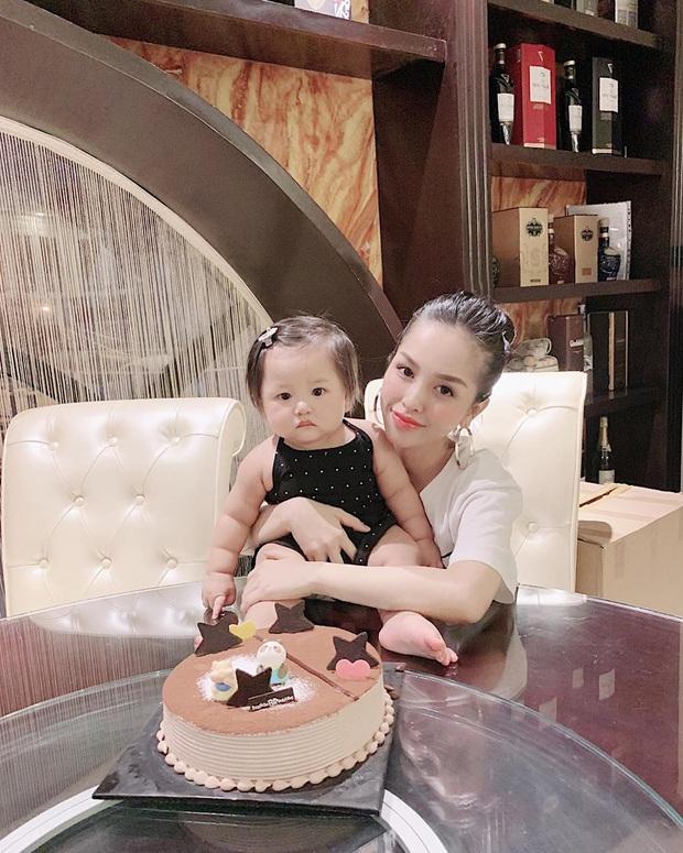 2 nhóc tỳ nhà Trang Pilla: Thừa hưởng hết nét đẹp từ bố mẹ, hứa hẹn trở thành rich kid đình đám trong tương lai - Ảnh 4.