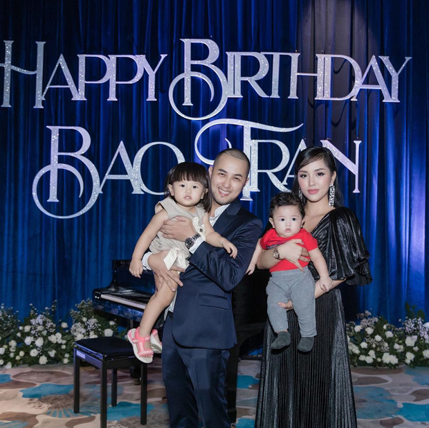 2 nhóc tỳ nhà Trang Pilla: Thừa hưởng hết nét đẹp từ bố mẹ, hứa hẹn trở thành rich kid đình đám trong tương lai - Ảnh 1.