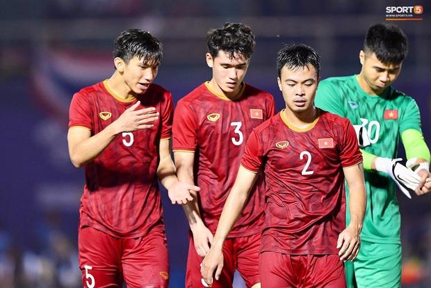 HLV Park Hang-seo đề nghị truyền thông Việt Nam không làm lộ đội hình thi đấu khiến U22 Việt Nam gặp bất lợi - Ảnh 2.