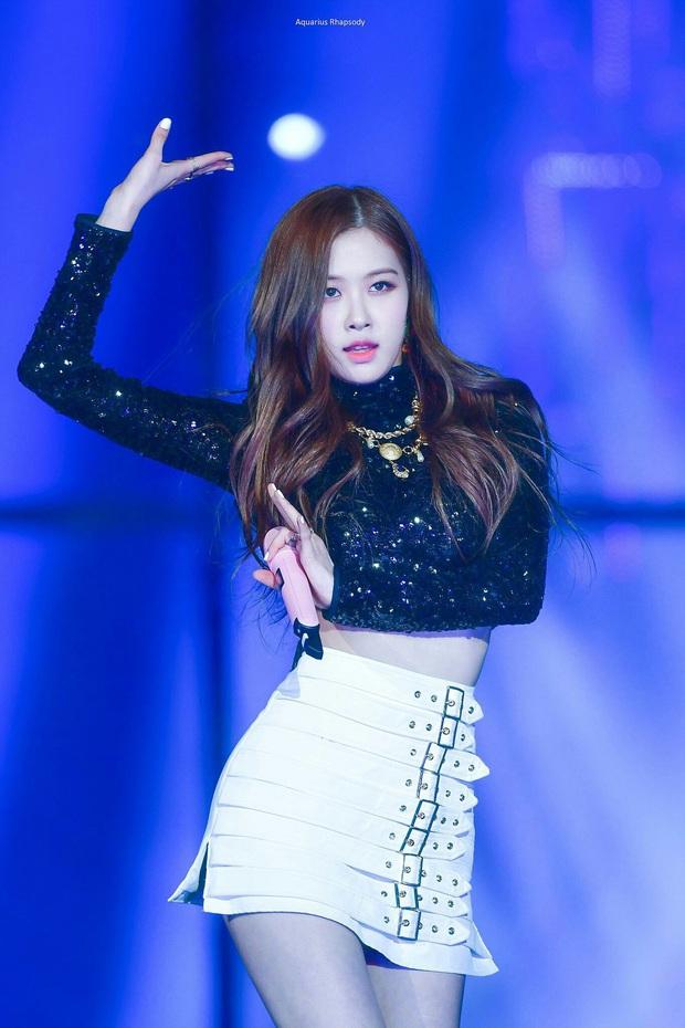 Tưởng JYP chịu đầu tư cho gà nhà ai ngờ vẫn keo: ITZY tại MAMA 2019 mặc lại đồ giống Rosé (BLACKPINK) từ SBS Gayo Daejun... 2 năm về trước! - Ảnh 3.