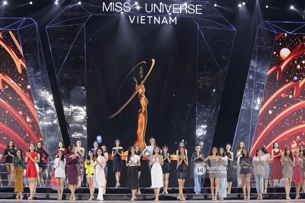 Thu Minh, Trọng Hiếu diễn cực sung, cùng HHen Niê và dàn thí sinh tổng duyệt trước giờ G chung kết Hoa hậu Hoàn vũ - Ảnh 1.