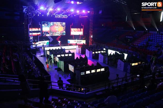 Khám phá địa điểm thi đấu Esports: Xứng đáng nhận danh hiệu hoành tráng nhất SEA Games 30 nhưng lại không hề có khán giả - Ảnh 1.