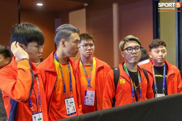 Mocha ZD Esports (Liên Quân mobile) khốn khổ vì BTC khi đến kiểm tra thiết bị trước ngày tranh tài tại SEA Games 30 - Ảnh 1.