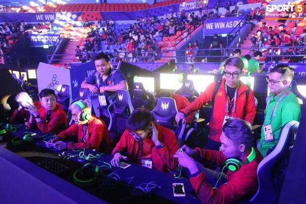 Mocha ZD Esports (Liên Quân mobile) khốn khổ vì BTC khi đến kiểm tra thiết bị trước ngày tranh tài tại SEA Games 30 - Ảnh 4.