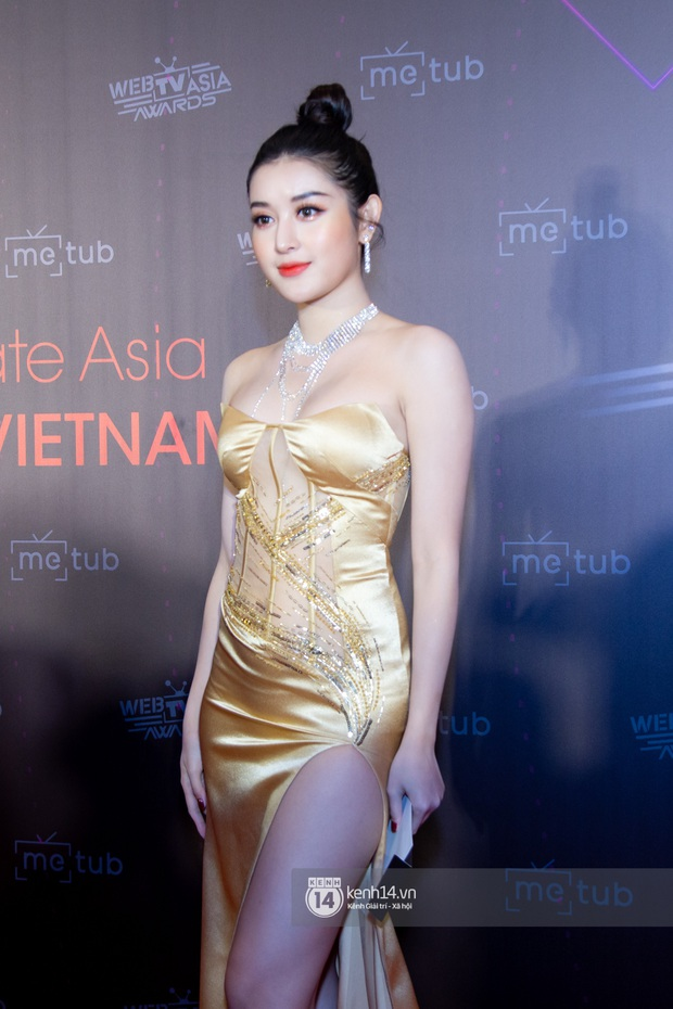 Thảm đỏ WebTVAsia Awards 2019: Nhã Phương, Chi Pu đồng loạt khoe vai thon gợi cảm, cùng dàn nghệ sĩ châu Á tự tin khoe sắc - Ảnh 8.
