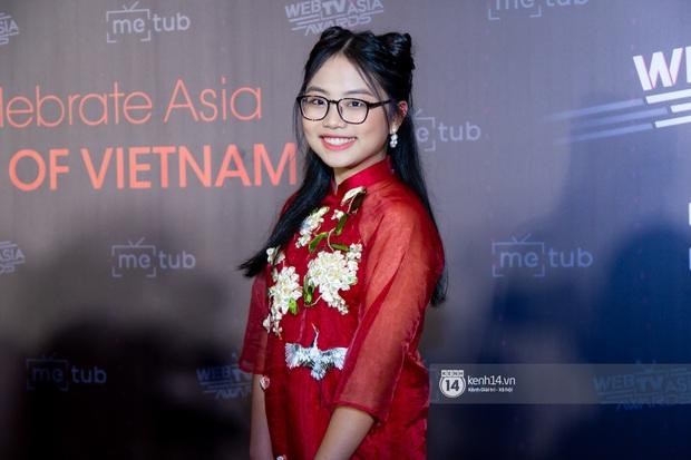 Thảm đỏ WebTVAsia Awards 2019: Nhã Phương, Chi Pu đồng loạt khoe vai thon gợi cảm, cùng dàn nghệ sĩ châu Á tự tin khoe sắc - Ảnh 20.