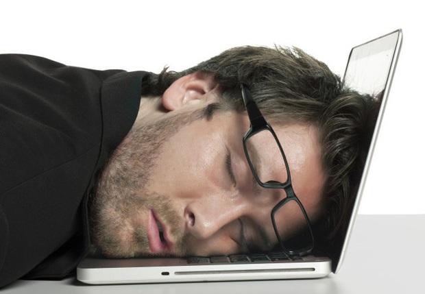 Nam giới hiện đại vô sinh nhiều vì thói quen dùng laptop này - Ảnh 3.