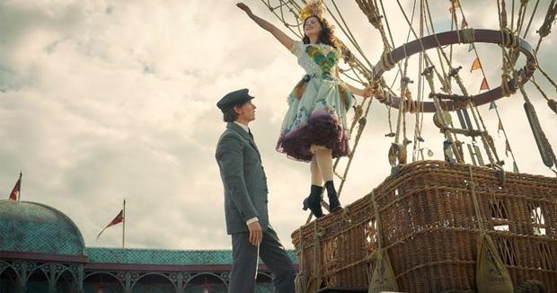 Phim rạp cuối tuần: Cô gái Đan Mạch rủ bà ngoại quốc dân tái xuất, lấn lướt cả Oppa Phiền Quá Nha - Ảnh 37.