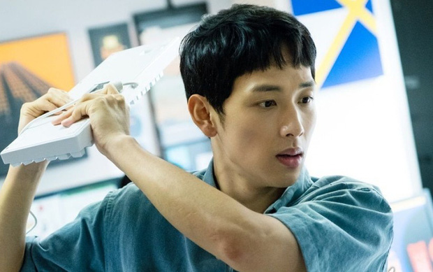 3 kiểu sếp gây nhức nhối trên màn ảnh Hàn: Kẻ mở miệng là tạo nghiệp, người cho nhân viên ăn hành sống qua ngày - Ảnh 4.
