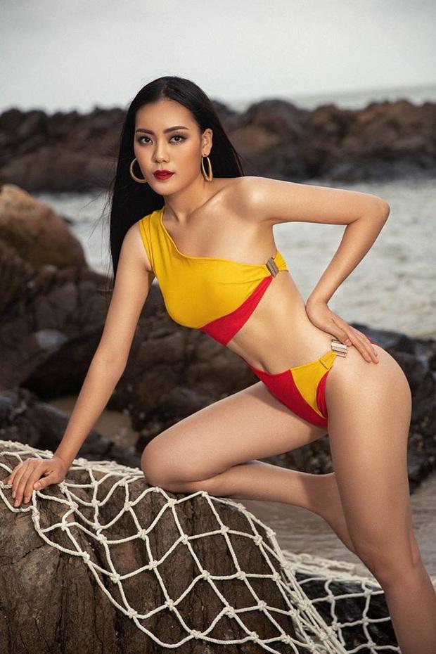 Trước giờ G, dàn thí sinh HHHV tự tin khoe dáng với bikini ngay trên biển: Thúy Vân, Lê Hoàng Phương chung khung hình, ai tỏa sáng? - Ảnh 12.