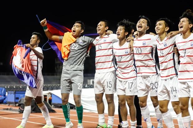 5 sự thật cực thú vị về đội tuyển Campuchia: Có HLV trưởng đẹp trai như tài tử, được gặp Việt Nam ở bán kết SEA Games đã là chiến tích lịch sử - Ảnh 1.