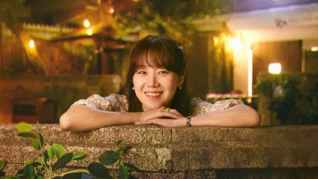 """Báo Hàn chọn 10 phim Hàn hay nhất thập kỉ: Đài cáp tvN """"thầu"""" gần nửa bảng, phim nào cũng thuộc diện nhất định phải xem - Ảnh 23."""