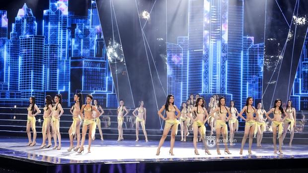 Mãn nhãn phần thi bikini nóng bỏng của Top 15 Hoa hậu Hoàn vũ Việt Nam: Toàn body đỉnh cao, trang phục ấn tượng - Ảnh 1.