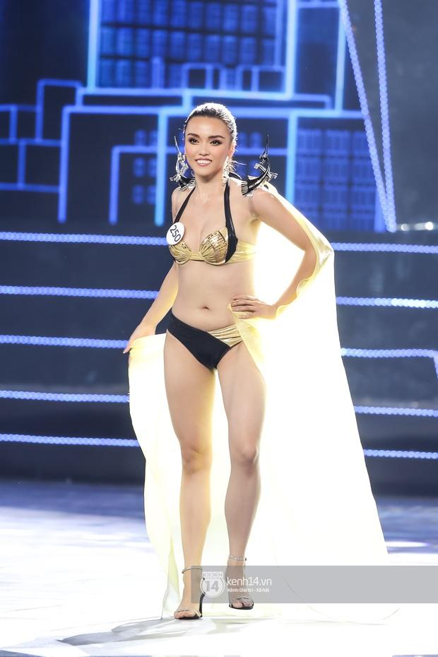 Mãn nhãn phần thi bikini nóng bỏng của Top 15 Hoa hậu Hoàn vũ Việt Nam: Toàn body đỉnh cao, trang phục ấn tượng - Ảnh 12.