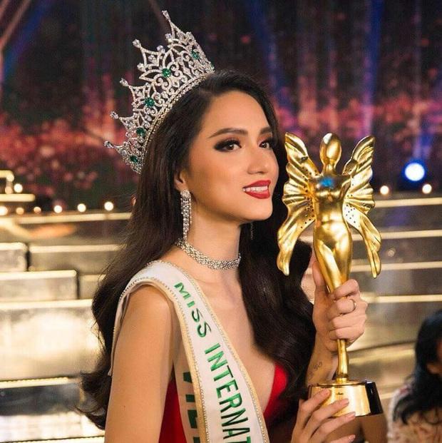 Khánh Vân là học trò thứ 3 của Hoa hậu Hương Giang được vinh danh ở đấu trường nhan sắc! - Ảnh 1.