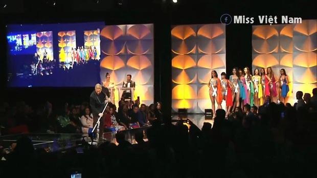 Hoàng Thùy chốt sổ thi dạ hội cùng Quốc phục Cà Phê trong đêm bán kết Miss Universe, lập tức được dự đoán Top 10! - Ảnh 12.