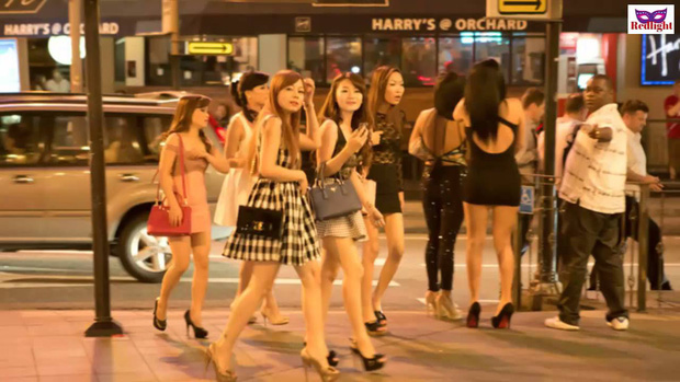 Chuyện về ngành công nghiệp sex Singapore: Bán dâm hợp pháp và vòng luẩn quẩn lách luật của những cô gái đứng đường không còn lựa chọn - Ảnh 6.