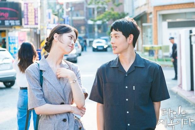 3 kiểu sếp gây nhức nhối trên màn ảnh Hàn: Kẻ mở miệng là tạo nghiệp, người cho nhân viên ăn hành sống qua ngày - Ảnh 5.