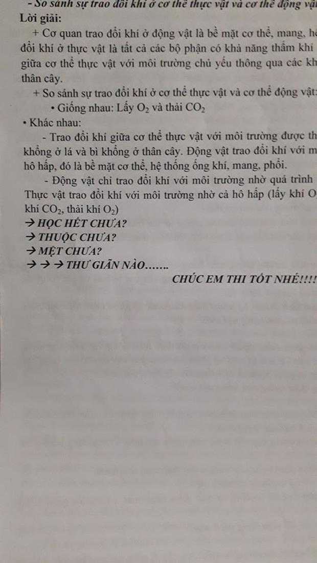 Đang làm bài kiểm tra đọc được lời nhắn nhủ của thầy giáo, học sinh chưa kịp vui thì chưng hửng vì pha troll cực mạnh - Ảnh 2.