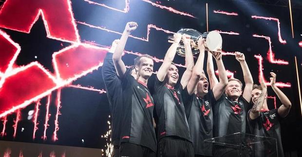 Esport phát triển vượt bậc, đã có đội tuyển game đầu tiên thế giới lên sàn chứng khoán với số tiền đầu tư khủng - Ảnh 1.