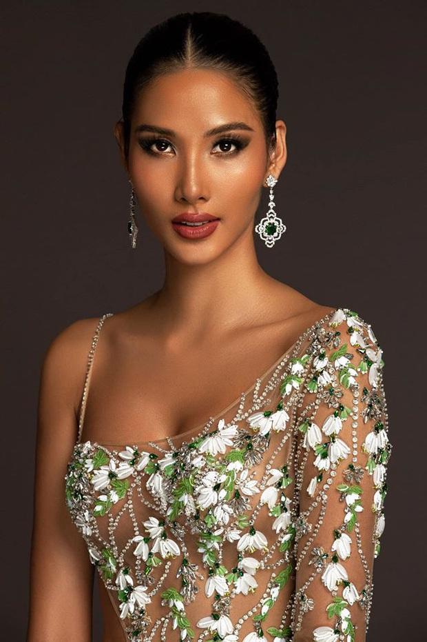 Hoàng Thùy mặc váy hoa giọt tuyết của Công Trí, diễn cuối nhưng đầy ấn tượng tại Bán kết Miss Universe 2019 - Ảnh 5.
