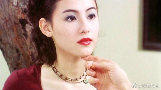 Trương Bá Chi gây bão khi makeup theo phong cách từ chục năm trước: Chẳng hề lỗi thời mà còn chứng minh nhan sắc lão hóa ngược - Ảnh 9.