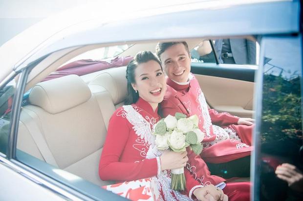 Giữa đồn đoán mang thai, Hoàng Oanh tiếp tục để lộ vòng 2 lùm lùm thấy rõ khi sánh đôi cùng ông xã ngoại quốc - Ảnh 4.