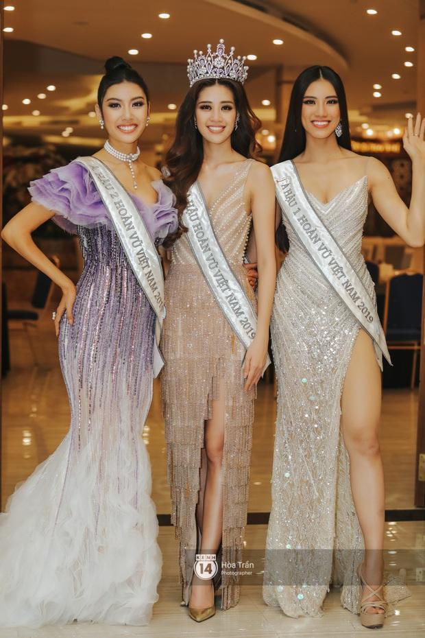 Cận cảnh nhan sắc Top 3 Hoa hậu Hoàn vũ Việt Nam 2019: Khánh Vân tỏa sáng với gương mặt thánh thiện, 2 nàng Á hậu đáng gờm - Ảnh 1.