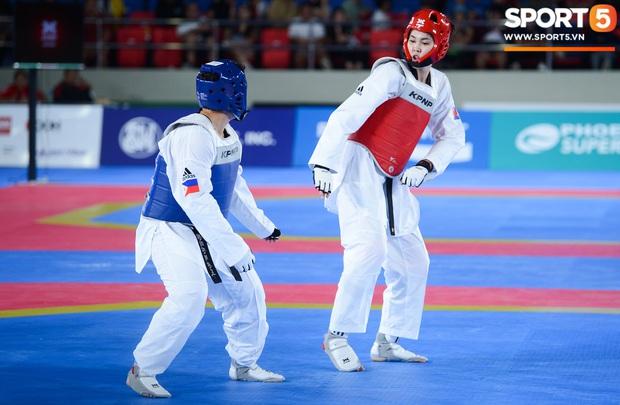 Lý lịch cực khủng của nữ biểu tượng thể thao Campuchia vừa giành HCV Taekwondo SEA Games 30: Cao 1m83, Facebook cá nhân hơn 1,7 triệu follow, từng lập thành tích vô tiền khoáng hậu trong lịch sử thể thao nước nhà - Ảnh 3.