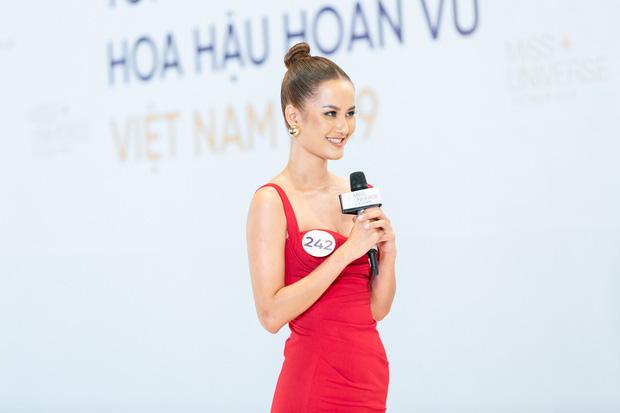 Cứ ngỡ Hoa hậu Hoàn vũ VN là cuộc chiến của Thúy Vân - Hương Ly - Hoàng Phương, ai dè trùm cuối gọi tên Khánh Vân! - Ảnh 3.