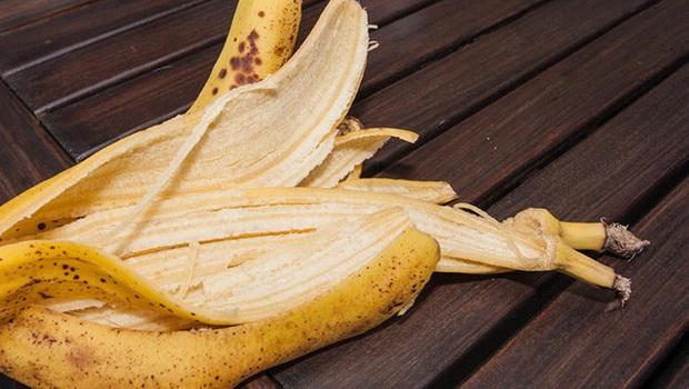 Chuyên gia làm rõ lời đồn ăn vỏ chuối có thể giảm cân  - Ảnh 2.