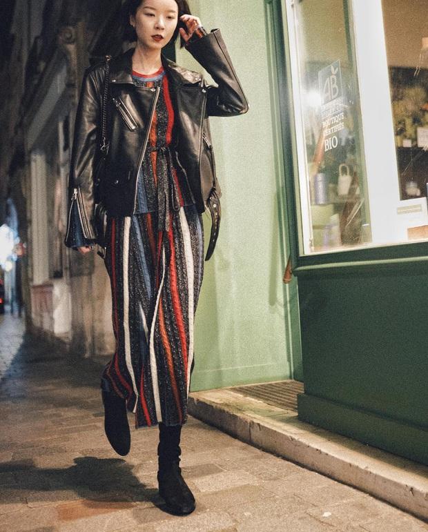 Nghĩ tưởng đơn giản nhưng không phải nàng nào cũng biết 4 mẫu áo khoác kết hợp ăn ý nhất với váy - Ảnh 6.