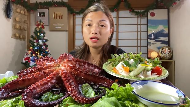 Quỳnh Trần JP chia sẻ: Các video ăn uống, nói chuyện với mọi người không bao giờ có kịch bản, có gì nói đấy, có sao kể vậy - Ảnh 2.