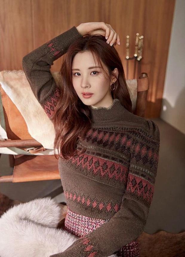 Nhìn lại 1 thập kỷ, 10 em út Kpop năm nào đã dậy thì ngoạn mục: Taemin - Umji lột xác, Lisa, Jungkook ngày càng sexy - Ảnh 2.