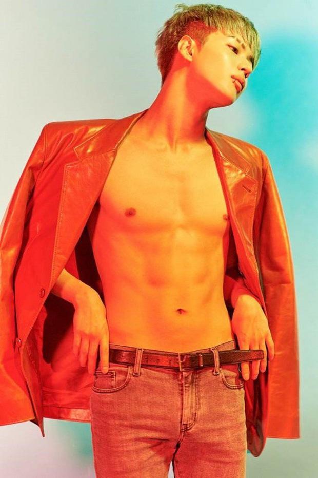 Nhìn lại 1 thập kỷ, 10 em út Kpop năm nào đã dậy thì ngoạn mục: Taemin - Umji lột xác, Lisa, Jungkook ngày càng sexy - Ảnh 5.