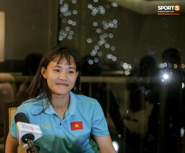 Chiến binh của tuyển nữ Việt Nam: Nàng Kiều biết đá bóng, mơ World Cup và câu nói hết hồn của bố mẹ lúc thấy máu đỏ trên đùi con gái - Ảnh 2.