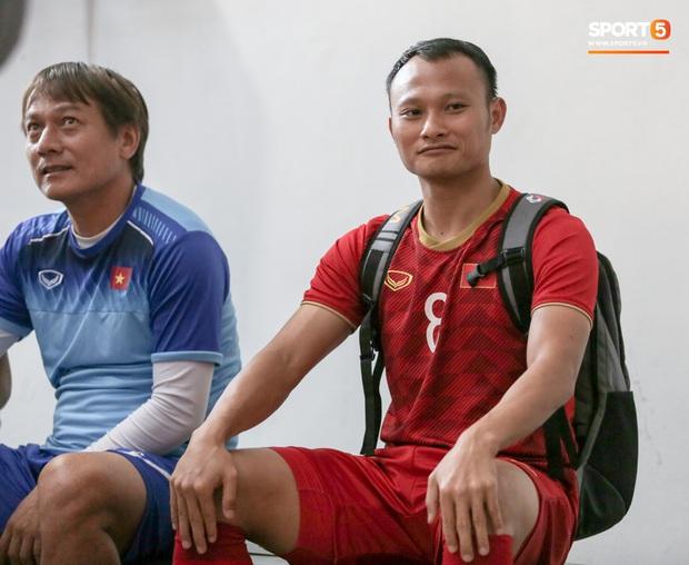Người không phổi của U22 Việt Nam ngại ngần che giấu vết thương trước ngày đá chung kết SEA Games ở tuổi 30 - Ảnh 3.