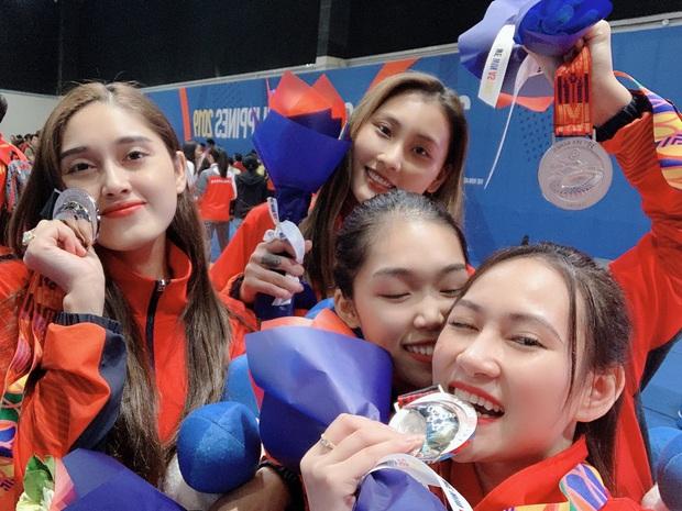 Ngây ngất trước vẻ đẹp vạn người mê của nữ VĐV đấu kiếm vừa đem về huy chương bạc cho Việt Nam - Ảnh 2.