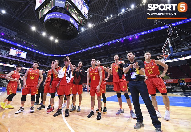Tan giấc mộng vàng ở SEA Games 30, tuyển bóng rổ Việt Nam hướng tới tấm huy chương đồng thứ 2 - Ảnh 15.