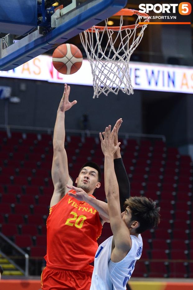 Tan giấc mộng vàng ở SEA Games 30, tuyển bóng rổ Việt Nam hướng tới tấm huy chương đồng thứ 2 - Ảnh 4.