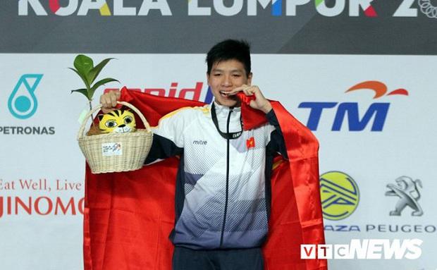 Cay đắng thần đồng bơi lội Việt Nam: Bị đình chỉ học trước SEA Games, HLV trưởng đòi đuổi khỏi đội - Ảnh 1.