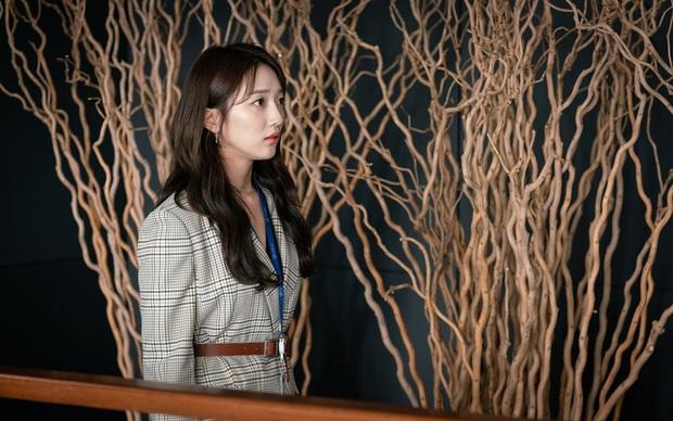 4 kiểu tiểu tam gây kinh hãi trên màn ảnh Hàn: Nổi cơn điên với mấy chị Tuesday dù biết sai trái nhưng em vẫn muốn tham lam - Ảnh 4.