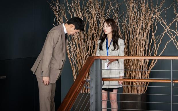 4 kiểu tiểu tam gây kinh hãi trên màn ảnh Hàn: Nổi cơn điên với mấy chị Tuesday dù biết sai trái nhưng em vẫn muốn tham lam - Ảnh 5.