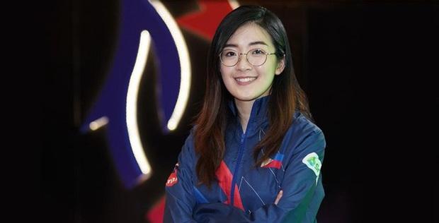 Ngắm vẻ đẹp hút hồn của Jia - Bóng hồng duy nhất tham gia thi đấu Esports tại SEA Games 30 - Ảnh 1.