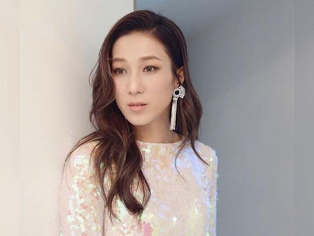Chung Gia Hân: Hoa hậu trầm cảm tự la hét qua gương và cuộc tình quá đẹp chỉ sau 4 ngày gặp gỡ - Ảnh 3.