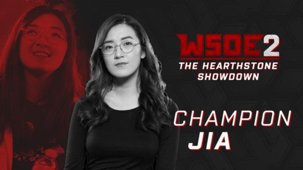 Ngắm vẻ đẹp hút hồn của Jia - Bóng hồng duy nhất tham gia thi đấu Esports tại SEA Games 30 - Ảnh 3.