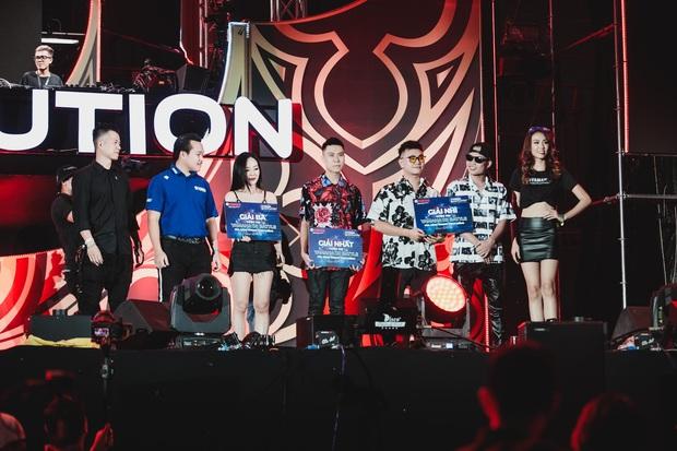"""Yamaha Ravolution Music Festival: DJ Don Diablo bất ngờ """"chill"""" nhạc Việt, raver hào hứng """"quẩy"""" tưng bừng - Ảnh 6."""