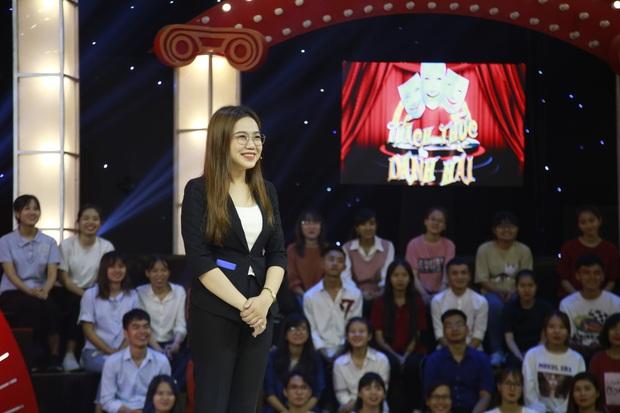 """""""Thánh chửi"""" U80 bất ngờ được Trấn Thành, Trường Giang đặc cách mời vào Gala Thách thức danh hài - Ảnh 3."""