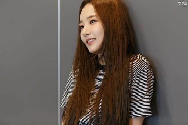 Tập nhảy thôi mà, Park Min Young có cần thiết phải xinh đẹp vậy không? - Ảnh 10.